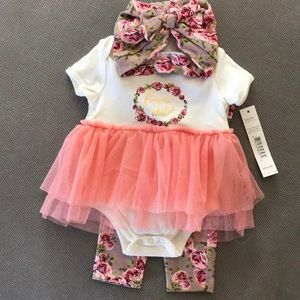 ✨NWT Nicole Miller Matching Outfit✨